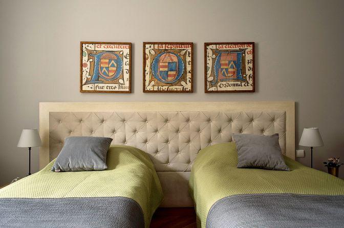 06-belle-epoque-krakow-apartamenty-z-sypialnia-deluxe-sypialnia.jpg